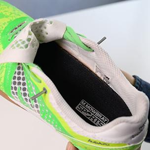 しっかりと靴に敷く事が出来れば完成です。